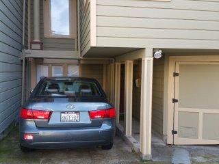 Furnished 3-Bedroom Duplex at Waller St & Downey St San Francisco, Forest Knolls