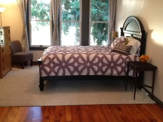 Furnished 1-Bedroom Apartment at Noe St & 15th St San Francisco