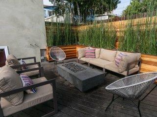 Furnished 3-Bedroom Home at N Avenue 50 & Buchanan St Los Angeles, Los Ángeles