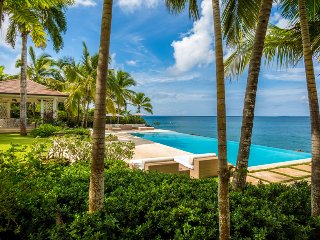 Oceanfront Splendour, Full Staff Incl. Cook, Pool, Tropical Landscaping, Free