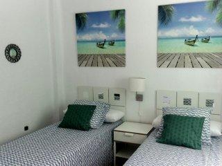 Nuevo Anuncio de 3 dormitorios - 1 baño Apartamento El Palo