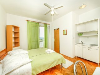 Padova studio apartment 1 (seaview), Rab Town