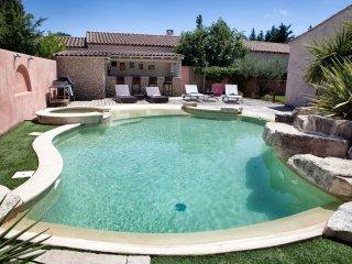 Maison de charme en Provence, Molleges