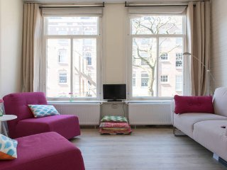 Nice Renovated Apartment Light and Central Located, Amsterdam