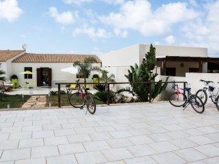 SV025 - Villa 10 posti con giardino climatizzata, San Vito Lo Capo