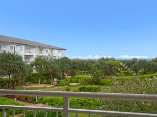 RESORT ON THE BEACH WITH VIEWS - 5214/15, Kingscliff