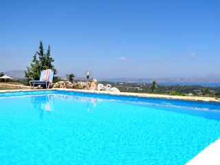 Villa 3 bedrooms with fantastic view in Gavalohori