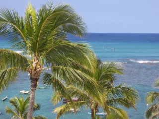 HAWAII BEACHFRONT CONDO DIAMOND HEAD'S GOLD COAST