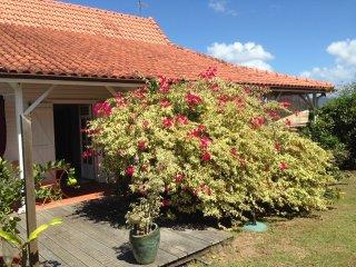 Charmante  villa Creole & chambres climatisees &  Proximite mer &  Vue sur mer