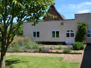 Staithe Farm Cottage, Langley,, Loddon