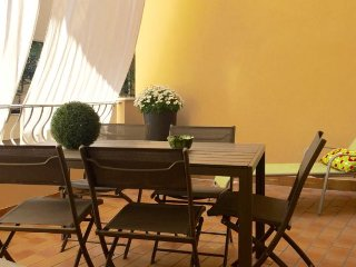 San Nicolo' 3 - Two-Bedroom Apartment with Terrace