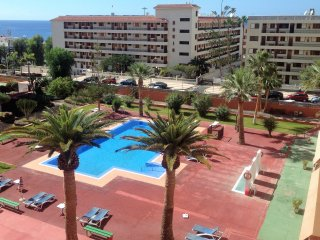 LOS CRISTIANOS - FRONT LINE!!! FULLY REFURBISHED!!