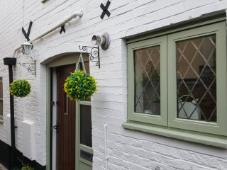 1 Mews Cottage, Ledbury Town - Sleeps 6/ Luxury!