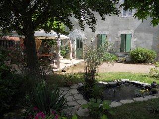 chambres d'hotes dans maison de ville avec jardin