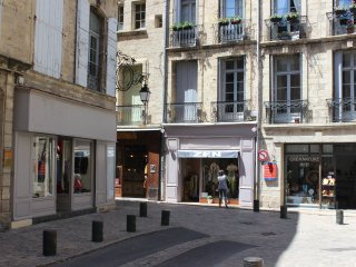 Charm in the heart of historic Pezenas