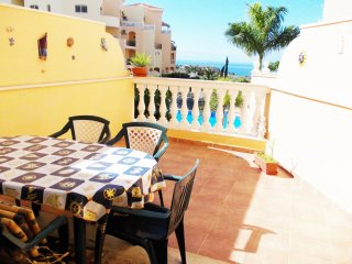 #PARQUE TROPICAL :DUPLEX IN PARQUE TROPICAL LOS CR, Los Cristianos