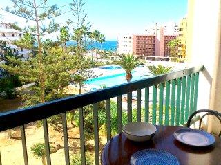 #VINA AZUL :Sol y Playa con piscina, Costa Adeje