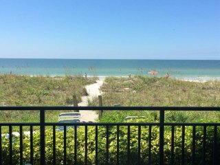 24 STEPS TO THE BEACH AND THE BEAUTIFUL GULF, Indian Rocks Beach