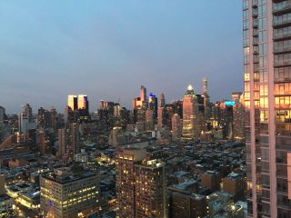 Light+Modern 1 Bedroom Times Square City + River Views