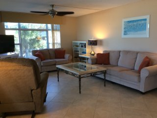 Sea Gate Beach front/Rent Seasonal or Yearly., Longboat Key