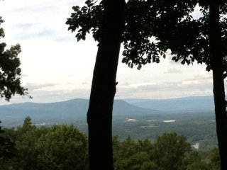 Valley Vista Cabin - Shenandoah River & Massanutten/Allegheny Mt view w/ hot tub