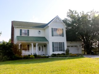 4br Serene Mountain Home in Bburg, Blacksburg
