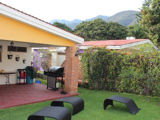 La Floresta house in private area, Ajijic
