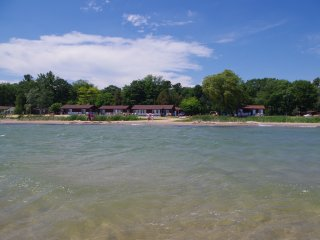 2 Bedroom, Beach Front Cottage on Lake Huron (#6)