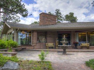 Beloved Panoramic Home, Indoor Pool/Hot Tub, Estes Park