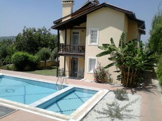 Holiday apartment for rent, 2 Bed, 1 Bath, Air Con, Ovacik