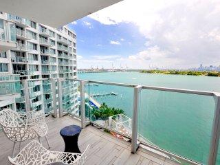 StudioBayDouble Beds W/Balcony 12L4, Miami Beach