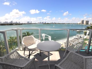 2Bedroom DirectBay W/Balcony 26LPH, Miami Beach
