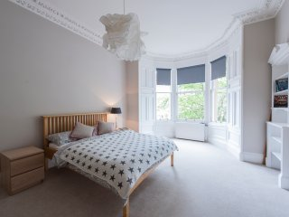 Stunning Edinburgh Flat- 3 Double Beds, Edimburgo