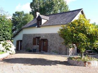 Gite 4-6 personnes mont st Michel - Piscine
