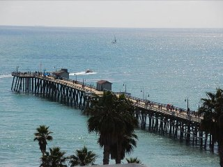 Gorgeous View, Steps to Beach - San Clemente Pier