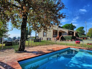 Villa Orizzonte with private pool in Chianti, Vagliagli