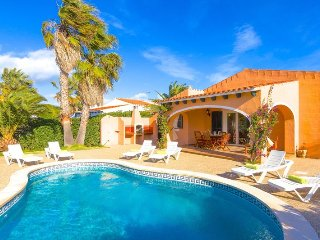 Villa Vicmar with private pool and airconditioning