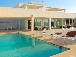 Luxury Villa Binilux in Binibeca Vell