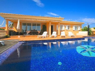 Luxury Villa Aries with private pool and seaviews, Biniancolla