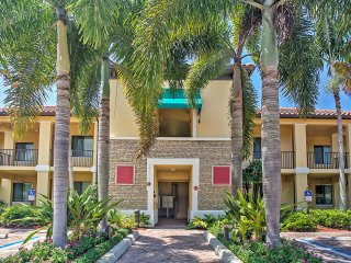 3BR Naples Condo w/Private Lanai & Community Pool!