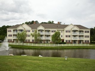 Governor's Green Resort 2 Bedroom w/ mini golf, playground, 2 pools, 3 hot tubs