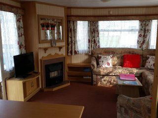 Poppy Caravan  - Superior Extra Wide Caravan, Clacton-on-Sea