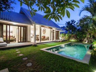 Villa AURAYA 2 BR - 10 min from the beach