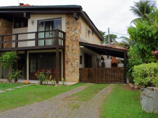 COZY HOUSE IN FRONT OF BARRA DA TIJUCA BEACH, NEAR SHERATON HOTEL