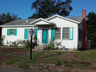3 Bedroom Beach Bungalow in Daytona Beach
