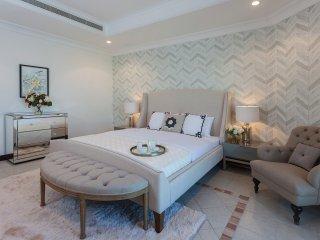Stunning 4 Bed Villa, Palm Jumeirah