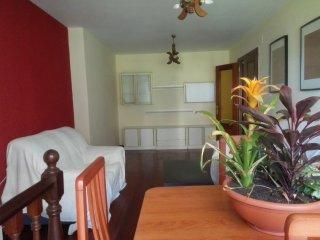 Apartamento familiar - Bajo con jardín y piscina, Mogro