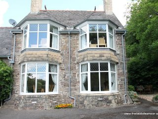 Headmasters Cottage, Dulverton - A perfect place to stay, sleeps 4