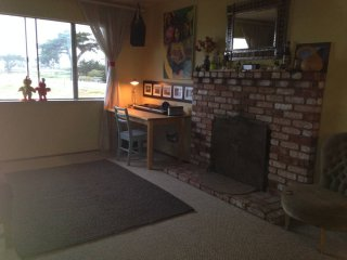COZY AND FURNISHED 3 BEDROOM HOME IN HALF MOON BAY, Half Moon Bay