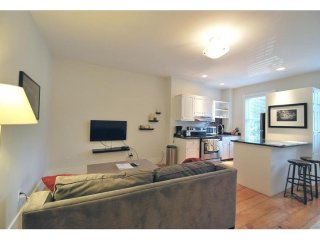 BEAUTIFULLY FURNISHED, CHARMING AND COZY 2 BEDROOM, 1 BATHROOM APARTMENT, Boston